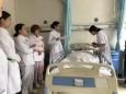 跌倒/坠床重在预防,康复科医护齐演练