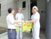五冶医院为员工发放夏季清凉慰问品