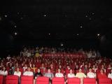 菲律宾sunbet太阳城组织员工观看电影 《周恩来回延安》