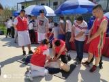 送医进项目——365bet体育在线滚球志愿者团队走进成勘公司成都节能智慧园区项目部