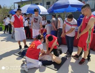 送医进项目——菲律宾sunbet太阳城志愿者团队走进成勘公司成都节能智慧园区项目部