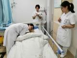 护理部组织新进护士进行单人心肺复苏操作考核