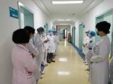 五冶医院护理部组织全院开展气管切开使用呼吸机患者脱管的应急预案演练
