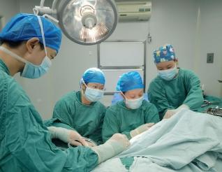 新技術:五冶醫院成功開展盆底重建術